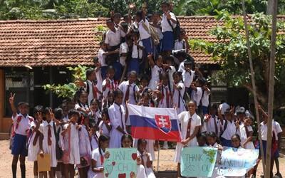 Mladí Slováci vo svete: Sympatická Júlia Švandová, ktorej Srí Lanka otvorila oči