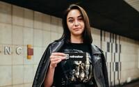 Mladí v Praze upřednostňují sekáče. Co by si nikdy neoblékli do školy?