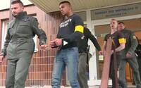 Mladíkov, ktorí dobili manželský pár v bratislavskej MHD, odsúdili