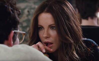 Mladý hrdina sa v tragikomédii od režiséra 500 Days of Summer zapliete do aférky so sexy Kate Beckinsale, milenkou svojho otca Piercea Brosnana