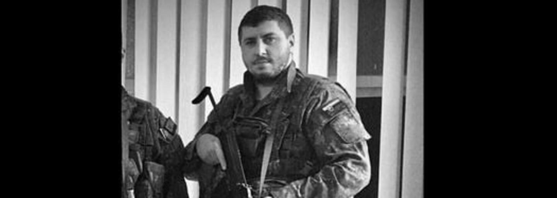Mladý zdravý voják zemřel za podivných okolností v karanténním centru na COVID-19. Podle úřadů si za smrt může sám, řekla vdova