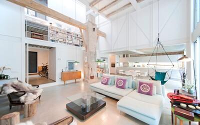 Mlékárna z roku 1934 byla architekty přetvořena na moderní loft plný světla