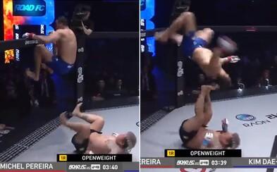 MMA bojovník vyliezol na klietku a wrestlingovým trikom chcel doraziť svojho súpera