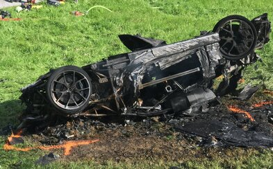 Moderátor Richard Hammond prežil najhrozivejšiu haváriu svojho života. Pri natáčaní Grand Tour prevrátil auto, ale vyliezol z neho pred požiarom