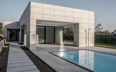 Moderní exteriér a útulný interiér z Brna tvoří kombinaci, která si získá i vás