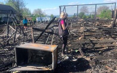 Môžeš pomôcť rodine, ktorej zhoreli stajne vo Vrakuni. Neostalo im pre koníky takmer nič