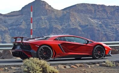 Možno až 800-koňové Lamborghini Aventador SuperVeloce predčasne odhalené!