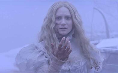 Mrazivý horor Crimson Peak od Del Tora sa pripomína tajomnou scénou z filmu