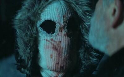 Mrazivý horor Lake Alice vo svojom traileri prichádza s dávkou padajúceho snehu a bodných rán