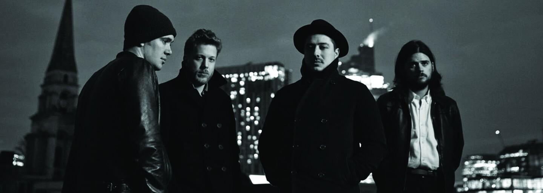 Mumford & Sons pritvrdili s treťou skladbou Snake Eyes z očakávaného ambiciózneho albumu
