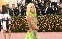 Musíme si pomáhať: Donatella Versace venovala 200-tisíc € na boj proti koronavírusu