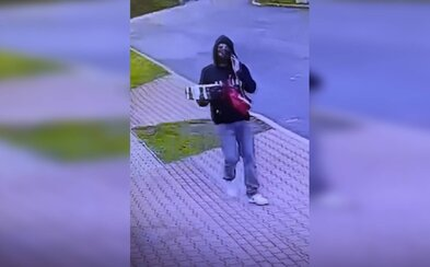 Muž rozváží po Praze falešné balíčky na dobírku. Policii uniká