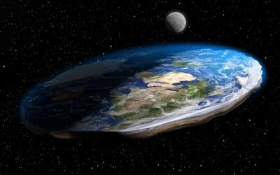 Muž sa pridal k námornej flotile, aby vraj dokázal, že Zem je plochá. Život na lodi ho presvedčil o opaku