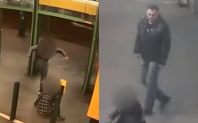 Muž se v Praze hrdinně zastal ženy, kterou bil bývalý partner