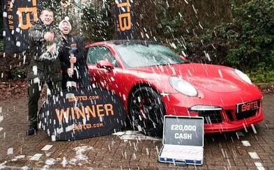 Muž vyhral Porsche, predal ho a o dva dni vyhral ďalšie