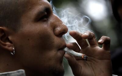Muže odsoudili za držení marihuany den předtím, než ji stát zlegalizoval