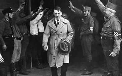 Múzeum v Indonézii muselo odstrániť voskovú figurínu Hitlera. Ľudia si pri nej robili usmiate selfie