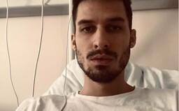 Muži na Slovensku operovali koleno bez anestezie. Podle šéfa nemocnice se o to měl starat lékař, který komplikace způsobil