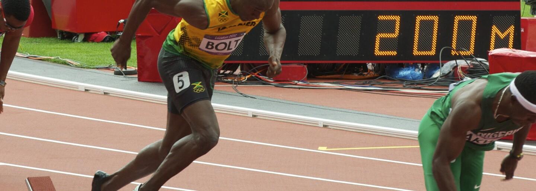 Myslel si, že umře. Nejrychlejšího muže planety Usaina Bolta svezl Lewis Hamilton a jamajský sprinter chtěl rychle vystupovat