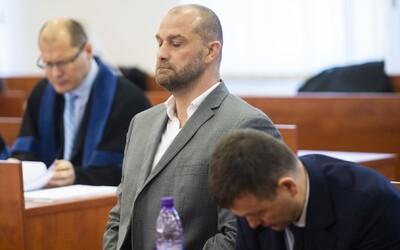 N. Bödör na súde úmyselne a vedome klamal o Gašparovi, tvrdí Daniel Lipšic, hrozí mu trestné stíhanie za krivú výpoveď