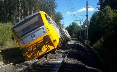 Na Chebsku vykolejil vlak. Pendolino jedoucí na stejné trati včas zastavilo