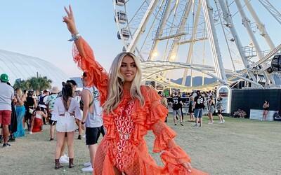 Na Coachelle 2019 zažiarili aj menej známe krásky, ktoré ťa očaria nielen vydarenými outfitmi