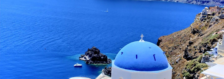 Na gréckom ostrove ti zaplatia za to, aby si sa staral o 55 mačiek. Dostaneš aj dom s výhľadom na more a nádhernú prírodu navôkol