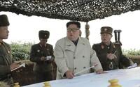 Na hranici medzi Severnou a Južnou Kóreou došlo k prestrelke vojakov. Paľbu malo vyvolať KĽDR