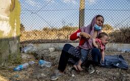 Na hranicích mezi Polskem a Běloruskem jsou stále uvěznění migranti. Shrnujeme, čemu musí čelit a co je zřejmě čeká