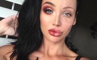 Na Instagramu se rozmohl nový trend. Ženy si líčí jen polovinu obličeje, aby ukázaly, o čem je opravdová krása