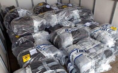 Na jachte skrývali až 1,4 tony kokaínu, no policajná razia všetko zhabala. Nešťastníci mohli zarobiť milióny eur
