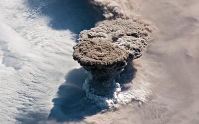 Na Mezinárodní vesmírné stanici zachytili dechberoucí erupci sopky