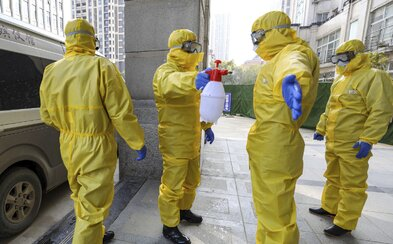 Na následky koronavírusu zomrel prvý človek mimo Číny. Počet obetí už vzrástol na 304