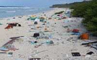 Na neobývanom ostrove v Tichom oceáne našli 38 miliónov kusov plastového odpadu. Prírodu si ničíme sami, aj keď o tom možno ani nevieme