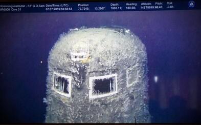 Na nových záberoch sa ukazuje sovietska ponorka, ktorá je rádioaktívna aj 30 rokov po tom, čo sa potopila