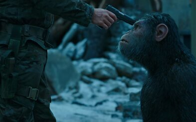 Na planéte opíc vypukol v úžasnom traileri nemilosrdný súboj ľudí proti Caesarovi a jeho ľudoopom
