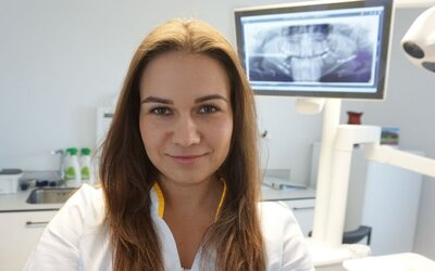 Na práci zubárky ma motivovala aj finančná stabilita, chcem pomáhať Slovákom, hovorí Dominika (To najlepšie z Refresheru)