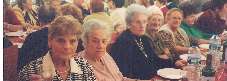 Na Praze 8 docházejí studenti za seniory a zpříjemňují jim stáří. Patronem Hodinových vnuků je i Ben Cristovao