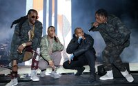 Na prvním singlu z Cruel Winter se kromě Kanyeho objevuje dalších 7 interpretů. Alba od G.O.O.D. Music se tak opravdu dočkáme