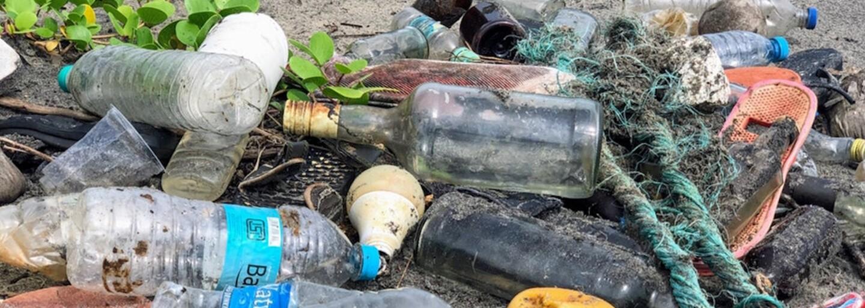 Na Slovensko sa ročne dostane 1 miliarda plastových fliaš. Žiť ekologickejšie môžeš vďaka týmto trikom
