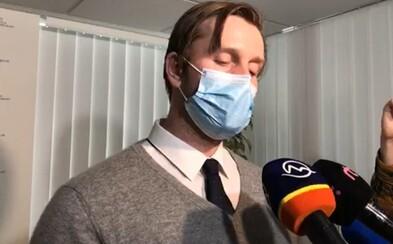 Na Slovensku je už okolo 400 nakazených koronavírusom. Ak nebudeme dodržiavať opatrenia, nemocnice v máji skolabujú, vraví expert