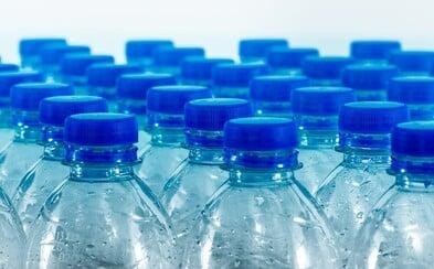 Na Slovensku začne od roku 2022 platiť povinné zálohovanie PET fliaš a plechoviek