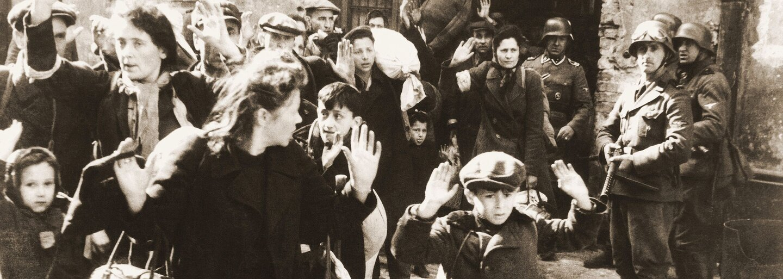 Na smrť poslala 500 000 dospelých žien a detí. Nacistickú dozorkyňu prezývali Beštia