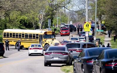 Na střední škole v USA se střílelo. Útočící student je mrtvý, hlásí také zraněného policistu