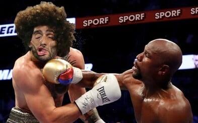 Na souboji McGregora s Mayweatherem si už pochutnali uživatelé internetu. Vtipné obrázky nešetří zejména poraženého Ira
