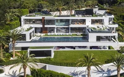 Na trhu v USA je momentálne najdrahší dom, aký sa tam kedy predával. Honosná vila v štvrti Bel Air dostala cenovku 250 miliónov dolárov