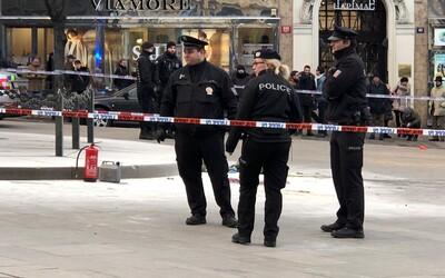 Na Václavském náměstí se zapálil muž