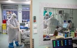 Na ventiláciu už museli pripojiť 33-ročné ženy. Na Slovensku končia vo vážnom stave s Covid-19 čoraz mladší pacienti