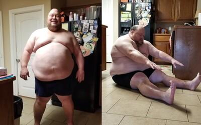 Na začátku vážil 215 kilo. Jeho úžasná roční proměna tě motivuje, abys na sobě začal makat i ty