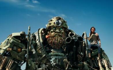 Na Zemi sa schyľuje k najväčšiemu boju medzi Transformermi. Podarí sa Bumblebeemu zastaviť Optimusa a robotov, ktorí bojovali za Kráľa Artuša?